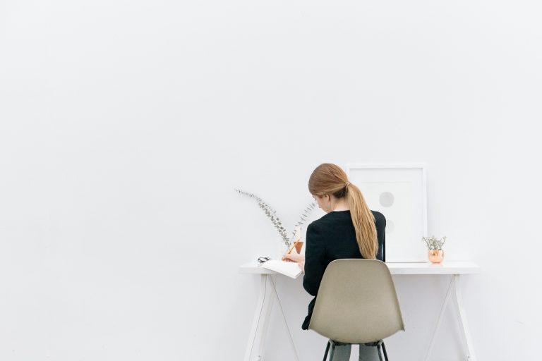 Auto-entrepreneur & salarié : démêlez le vrai du faux