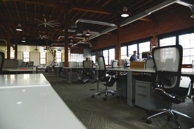 Travailleurs indépendants : quel bureau choisir ?