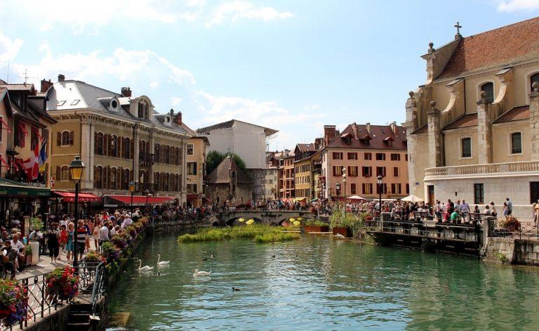 Coworking à Annecy : la perle des Alpes